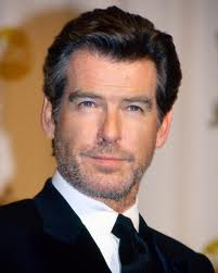 Pierce Brosnan - famous leftie