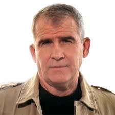 Colonel Oliver North - famouslefties.com