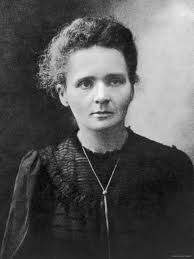 Marie Curie - famouslefties.com