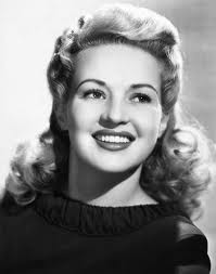 Betty Grable - famouslefties.com